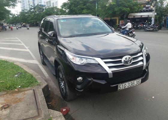 Dịch vụ cho thuê xe 7 chỗ chuyên nghiệp tại thành phố Hồ Chí Minh